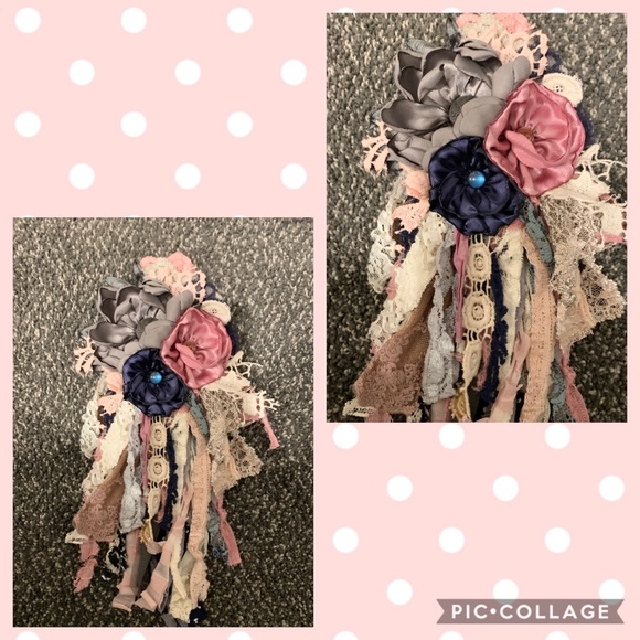 Classy Quill Accessories - Navy blue, blush ,Gray and cream flower pin💕💕